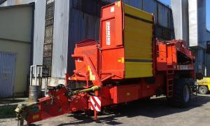 Potato harvester GRIMME SE 150-60 NB in stock